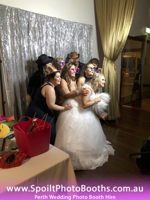 perth photo booth, bridal party